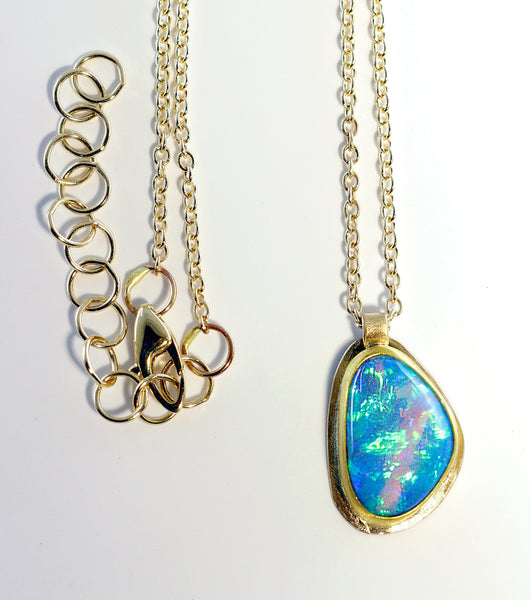 Opal Pendant in 22k Gold