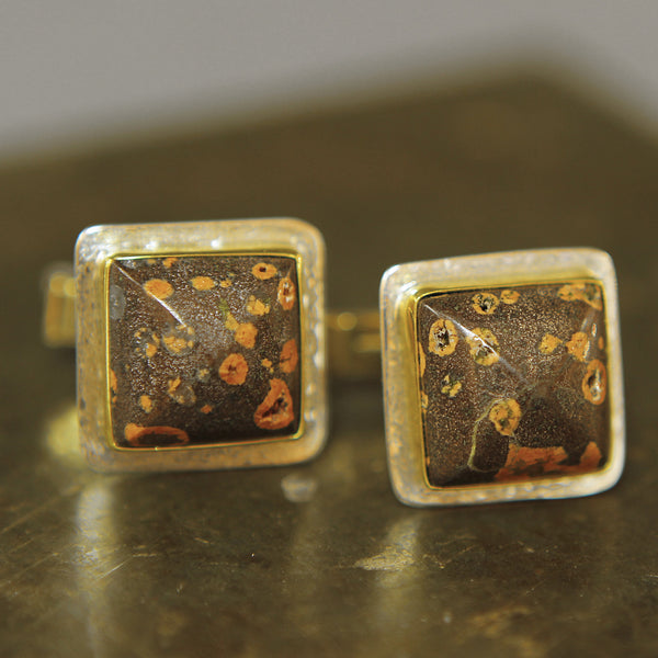 Cuff-links-kalled-gold-silver