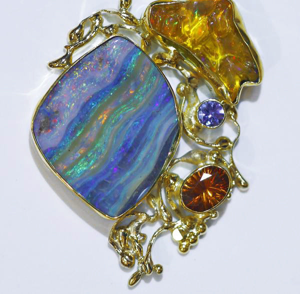boulder-opal-mexican-opal-hessonite-garnet-gold-kalled