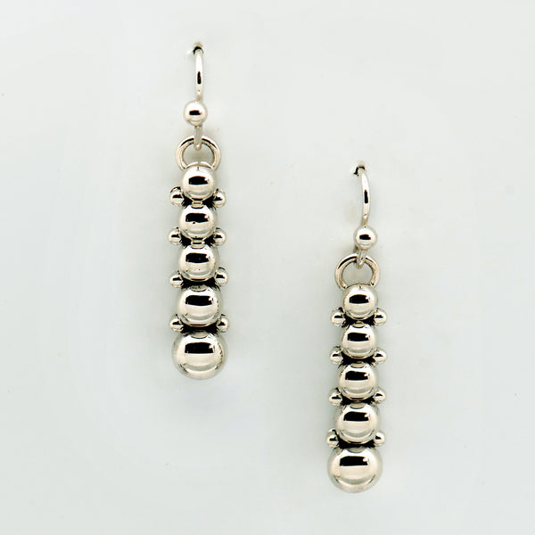 Artie-Yellowhorse-sterling-silver-wire-earrings-silver-beads-kalled-gallery