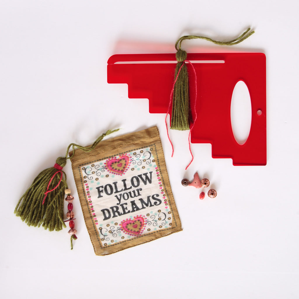 "Make a Tassel & ""Follow Your Dreams"""