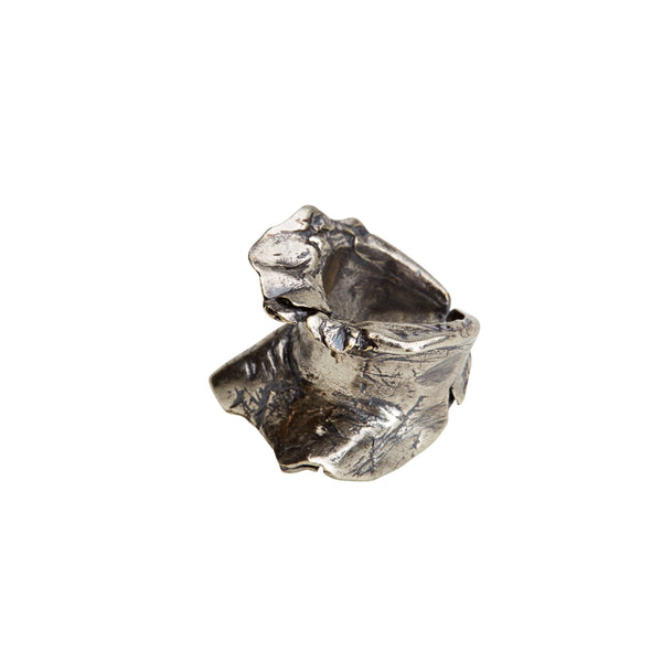Medium Double Frill RIng