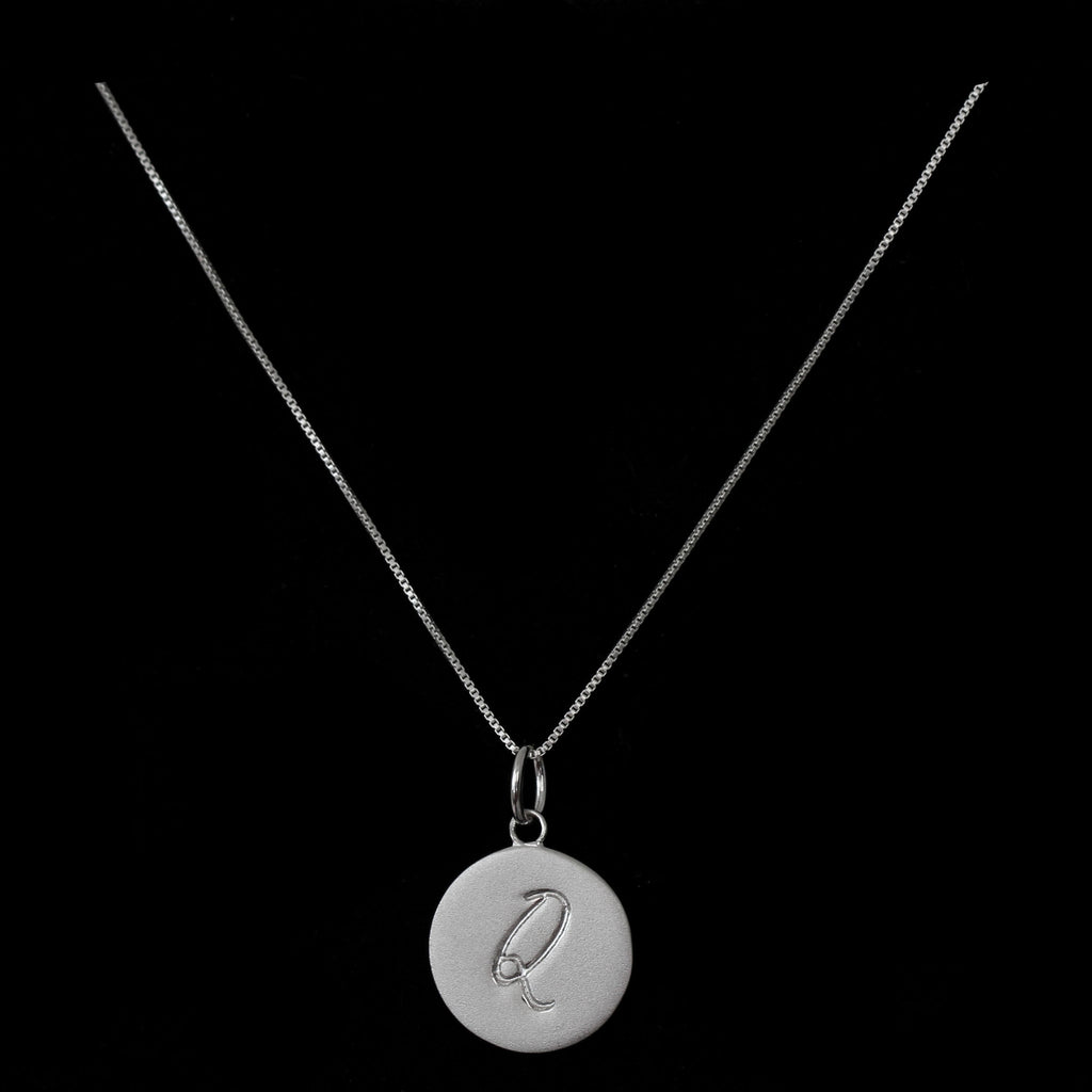 Q Initial Pendant Necklace - Haggled Jewellery - 1