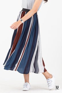84007  TwoTone Pleated Skirt