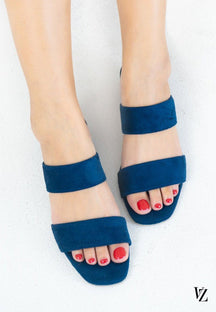 16010 Unique Barnett Sandals Blue