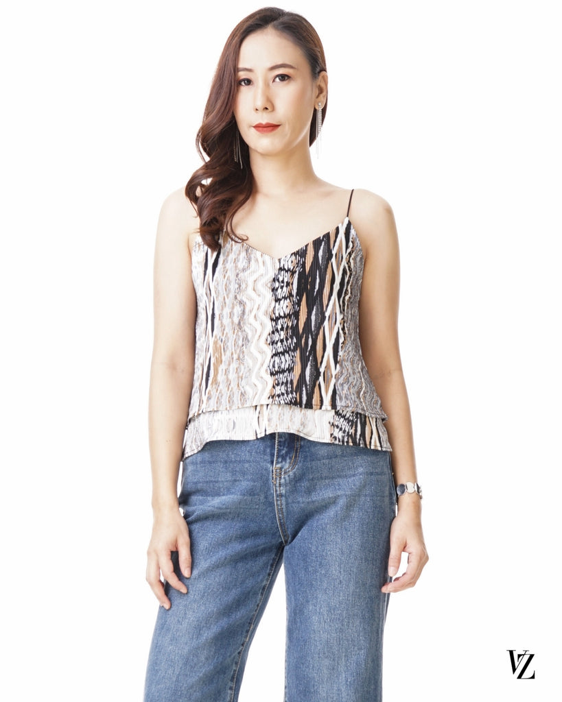 93473 Multi Pleat Top