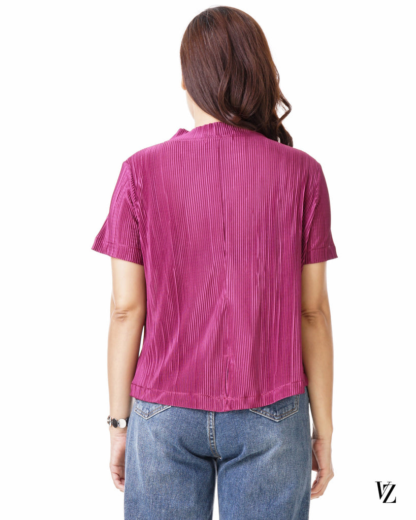 93475  Sweet Pleated Top