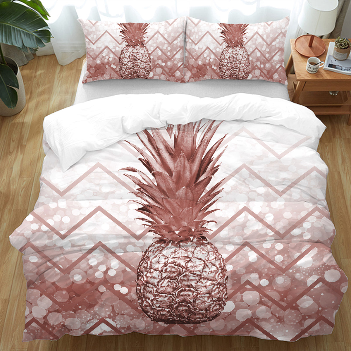 The Golden Pineapple Bedding Set