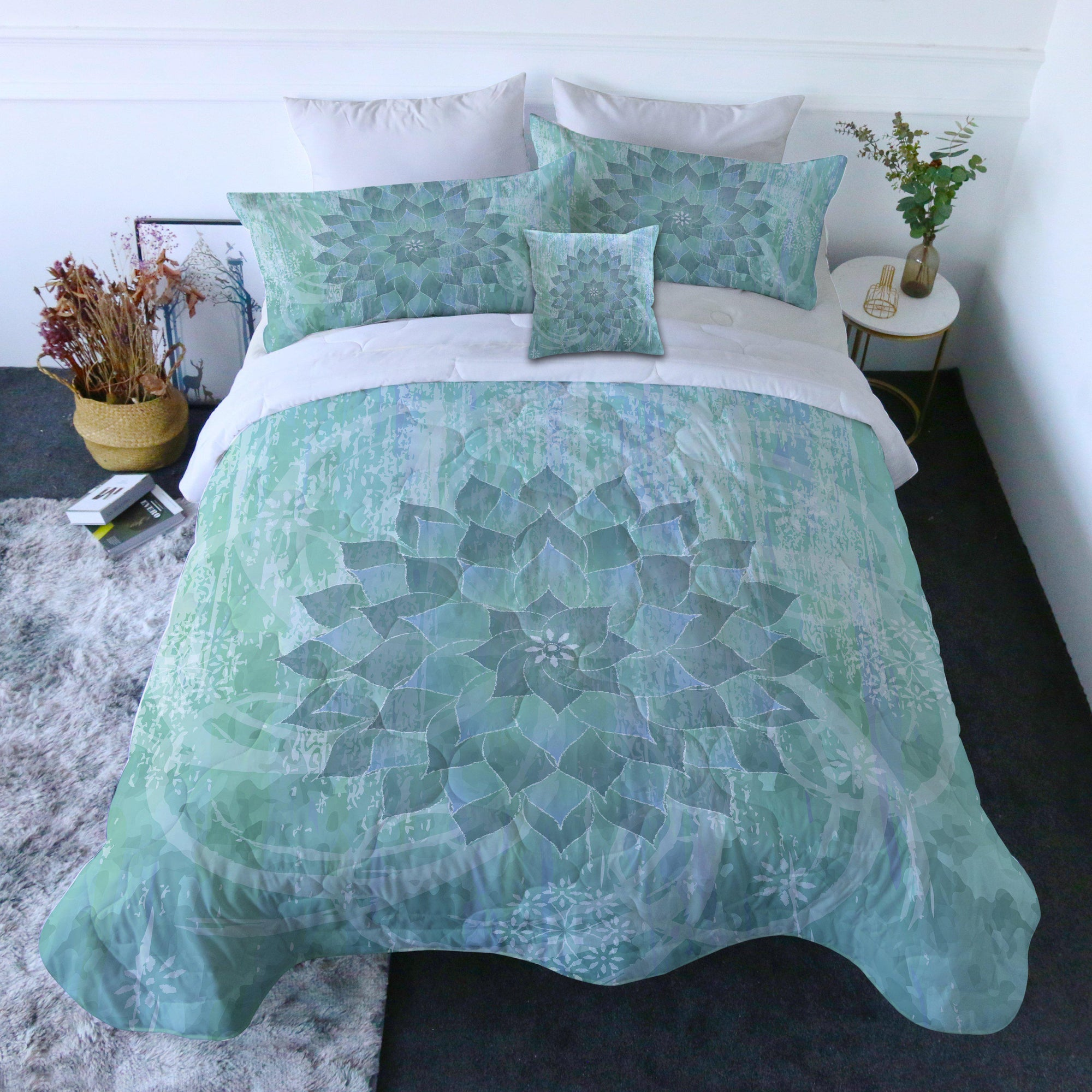 The Ocean Hues Quilt Set