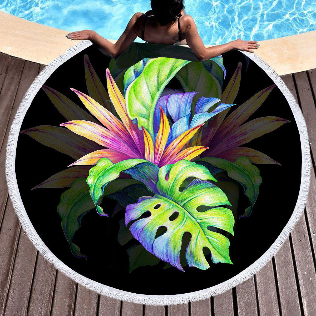 Trop Love Round Beach Towel