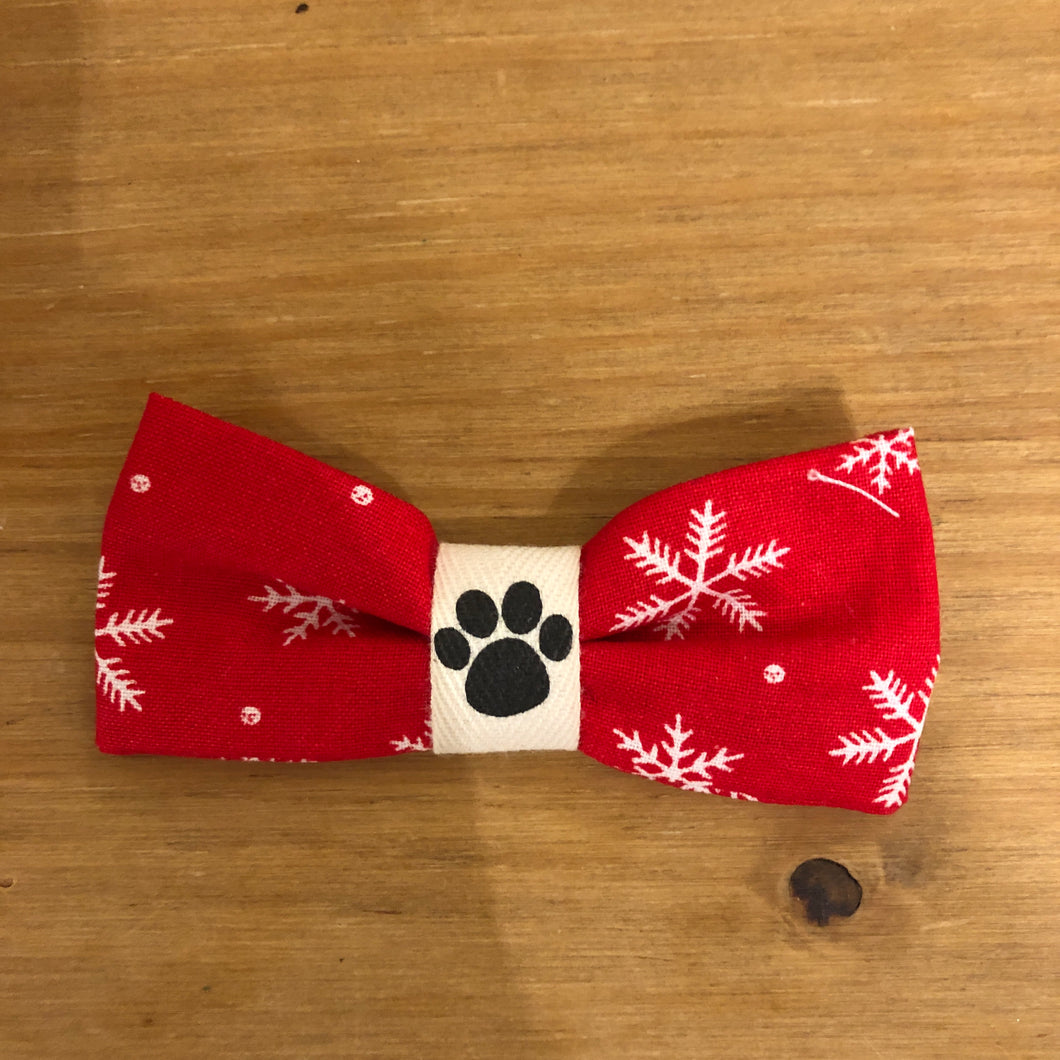 Petsy & Pooch 'Red & White Snowflake' Print Bow Tie