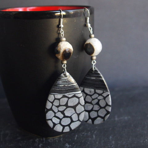 black white agate drop earrings gothic jewelry rock fashion
