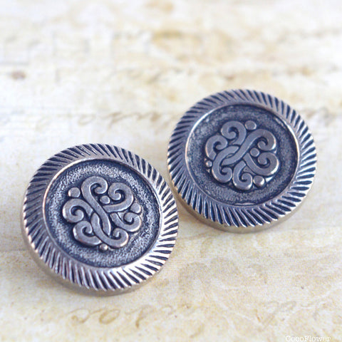 2x celtic knot buttons vintage button in antique silver finish