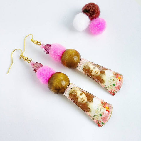 Shabby chic jewelry Vintage girl brass earrings with pompon and wood bead