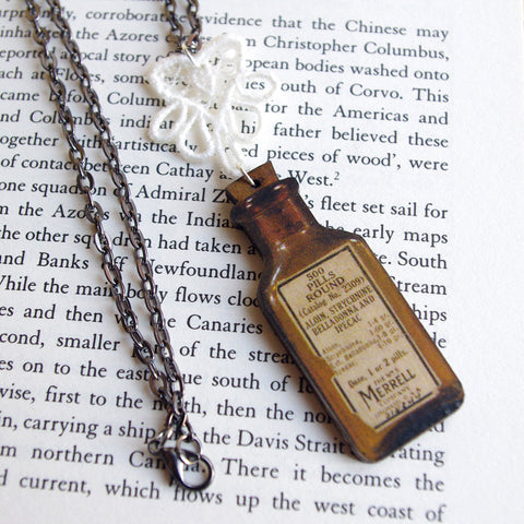 Wood medecine bottle necklace vintage antic lace gift for medic nurse apothecary