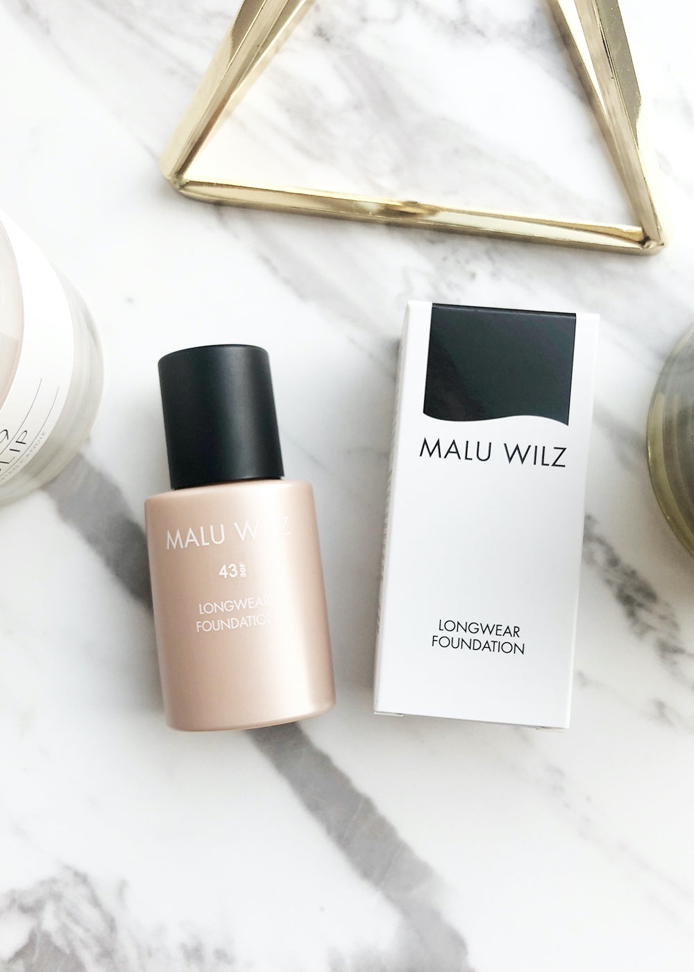 Malu Wilz Longwear Foundation Nr. 43 toffee