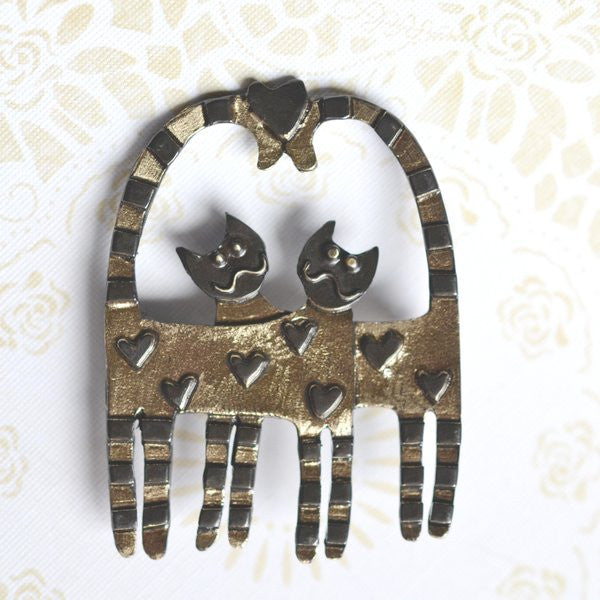 Beautiful Love Cats Brass Bronze Brooch Handcrafted in the UK