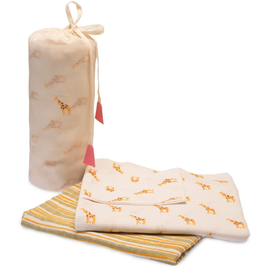 Yellow Giraffe Swaddle Set - Naayabymoonlight