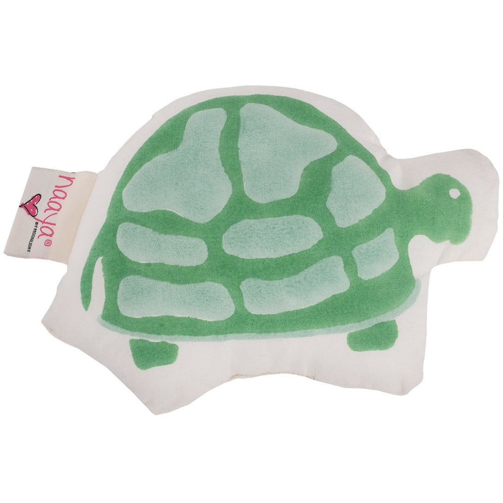 Green Turtle Small Cushion - Naayabymoonlight