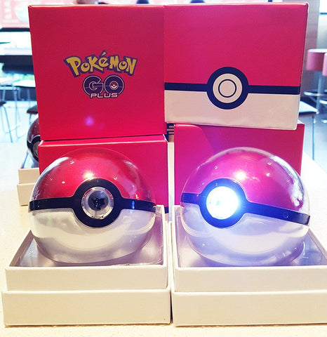 Pokemon GO Pokeball Power Bank Projector Charger 12,000mAh (Third Generation)