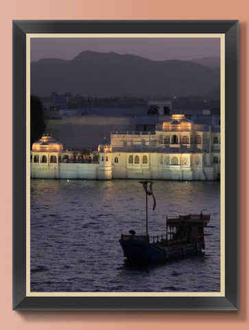 FLOATING PALACE UDAIPUR : WALL ART