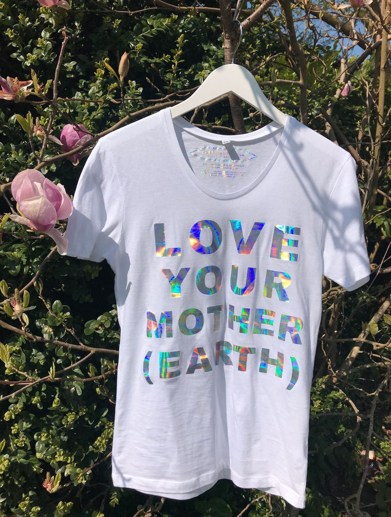 T-shirt - NON PROFIT HOLOGRAPHIC 'MOTHER EARTH' T-SHIRT