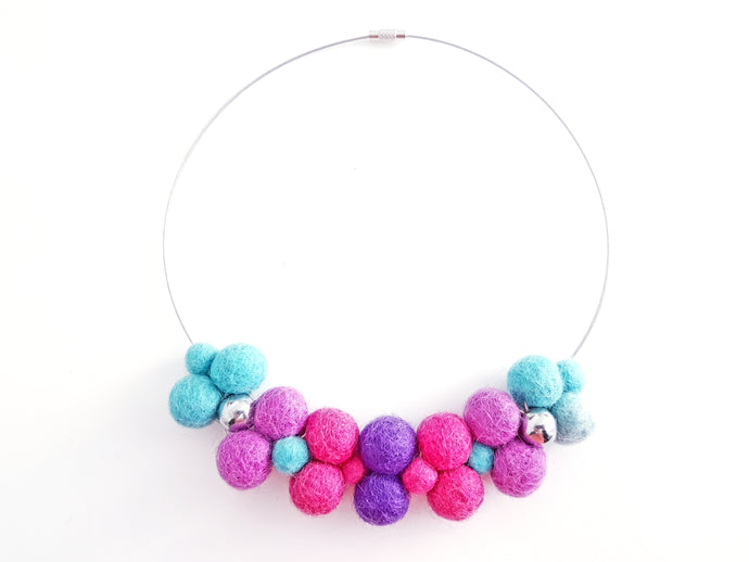Bib collar necklace - Turkish delight