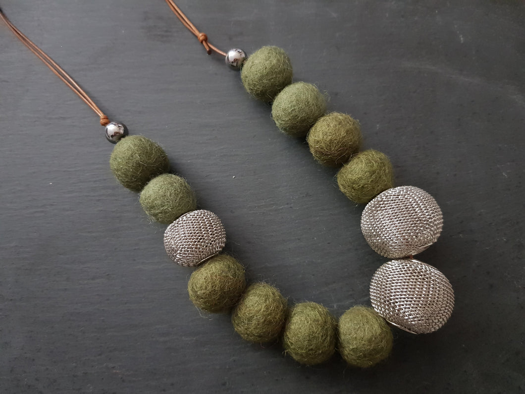 Mesh Statement Adjustable Necklace - SHORT - Other colours available