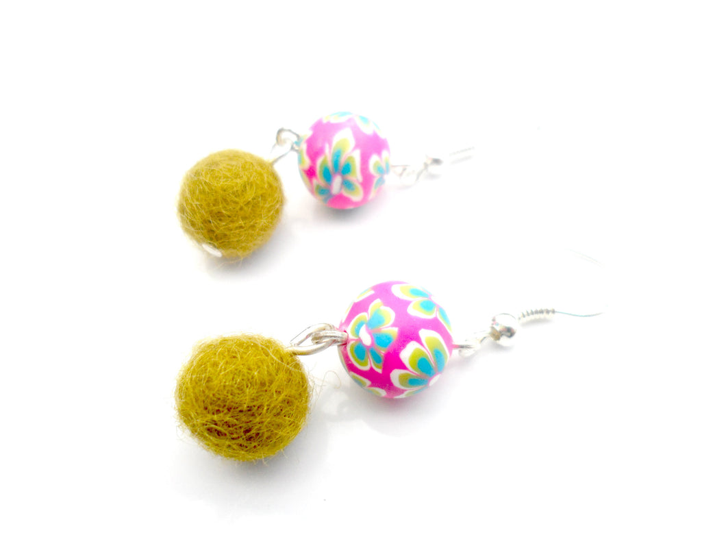 Multi coloured Fimo clay and wool earrings - Olive and hot pink