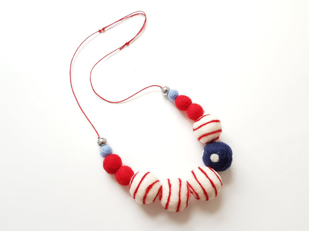 Nautical Fun necklace - Red