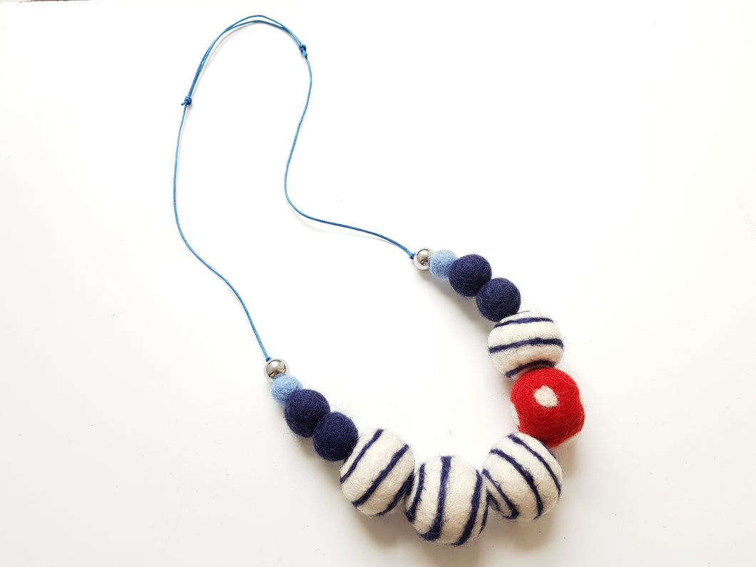 Nautical Fun necklace - Navy
