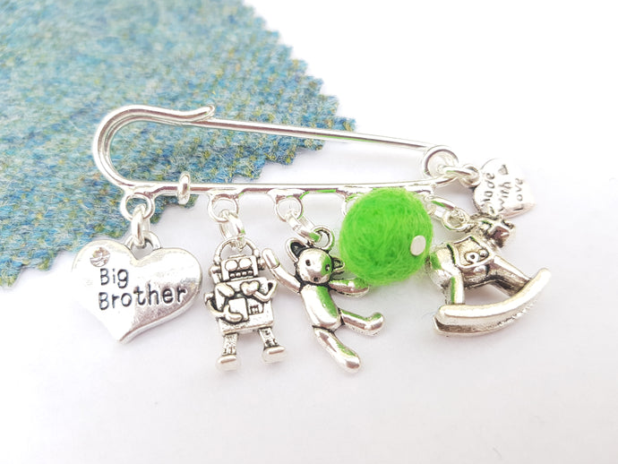 Big brother medal Brooch - Green