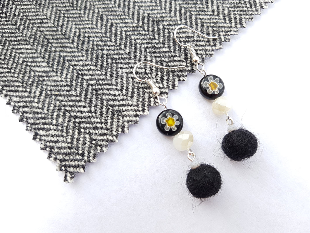 Black Daisy long drop earrings - Black