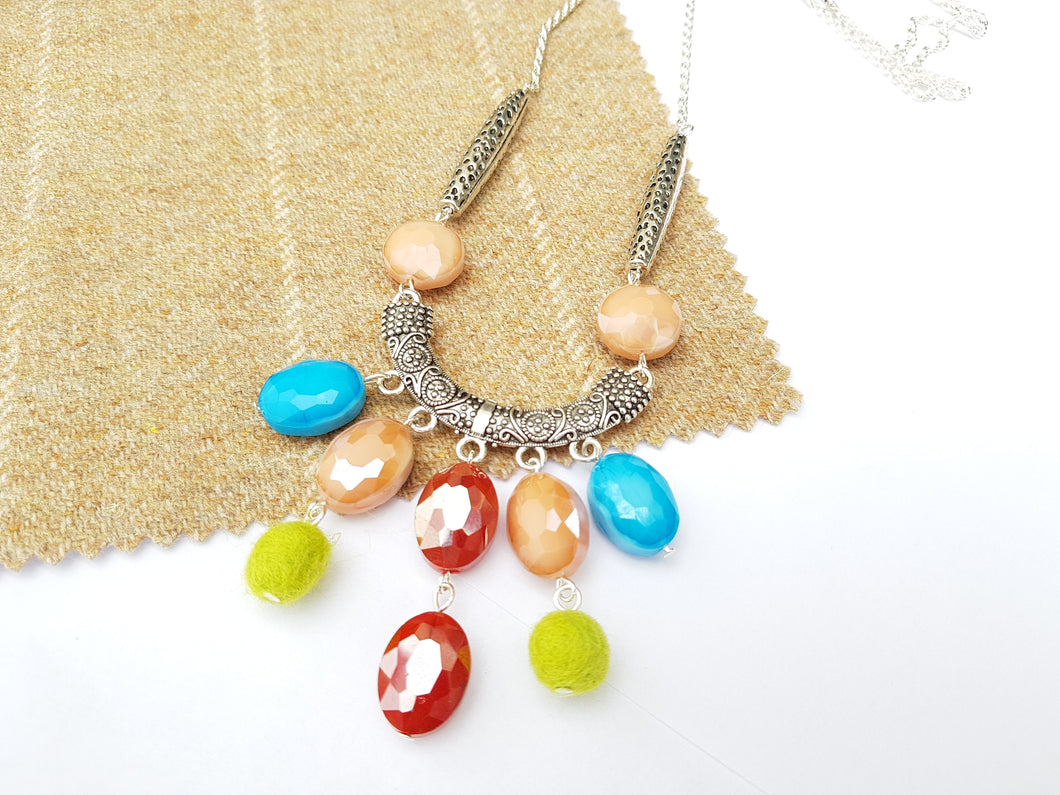 Summer Blush Long drop necklace - Burgundy