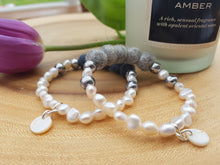Fresh water Pearl & Mother of pearl Bracelet - Light Grey Marl
