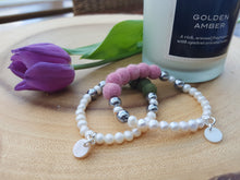 Fresh water Pearl & Mother of pearl Bracelet - Pale Pink