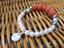 Fresh water Pearl & Mother of pearl Bracelet - Burnt Orange