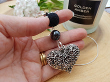 Heart of flowers Pendant Necklace - Black