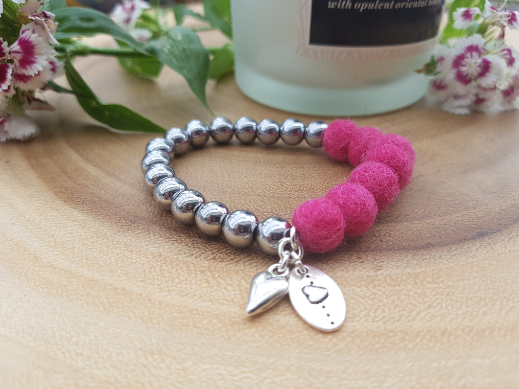 Sleek puff heart Bracelet - Ruby Pink