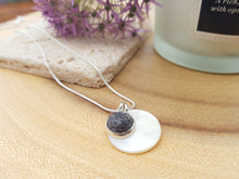 Mother of Pearl Dot Necklace - Dark Grey Mix