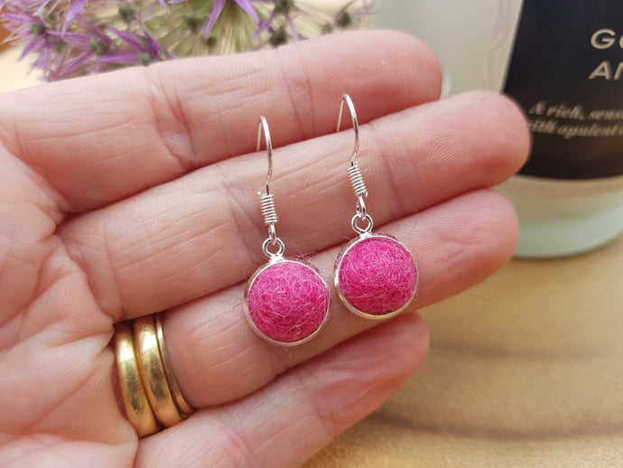 Dot Earrings - Ruby Pink