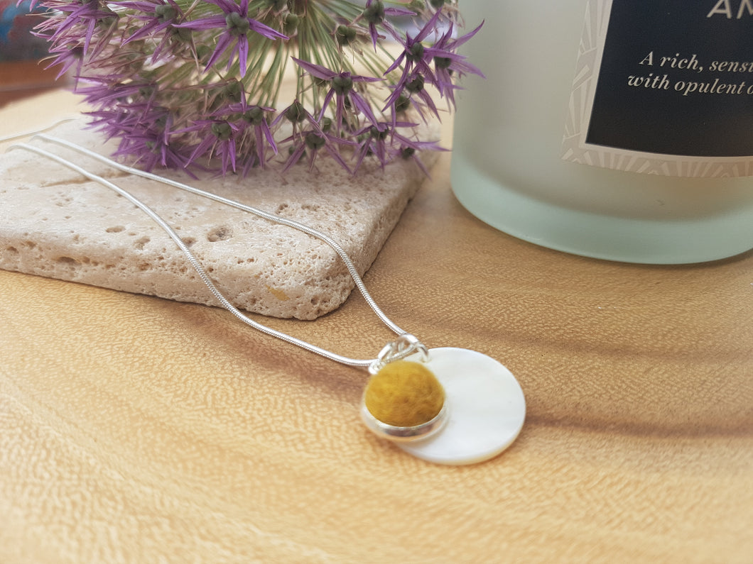 Mother of Pearl Dot Necklace - Mustard