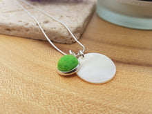 Mother of Pearl Dot Necklace - Bright Green