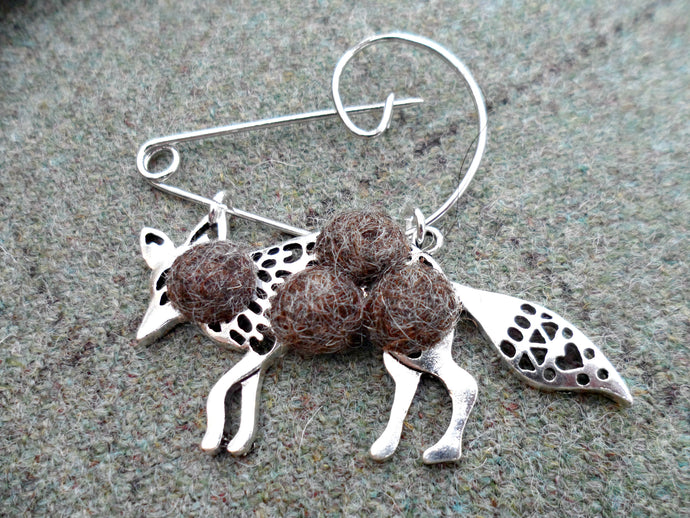 Mr Fox - Mr wolf Brooch , Brown mix