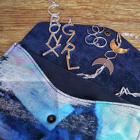 CRONX GIRL Earrings - Leo With Love