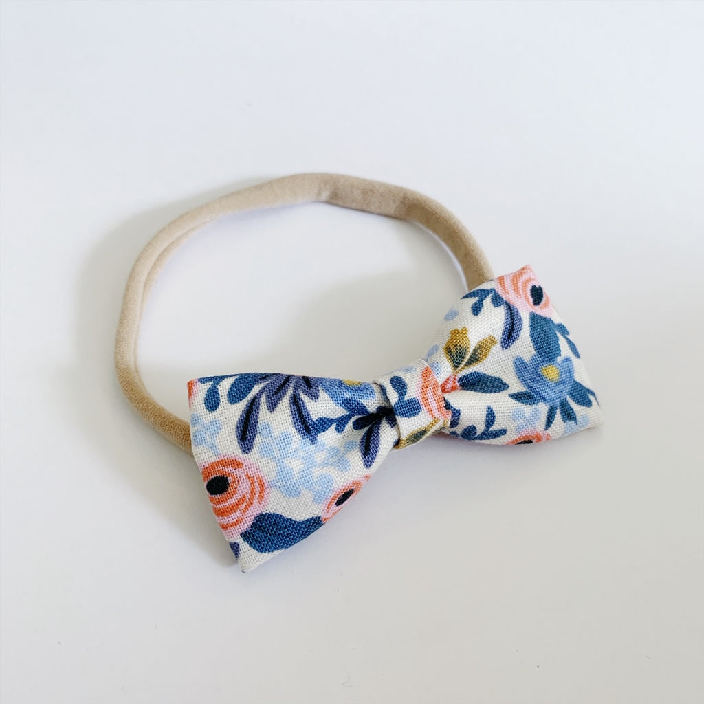Flora Light Blue Bow Tie - Ever Iris Designs