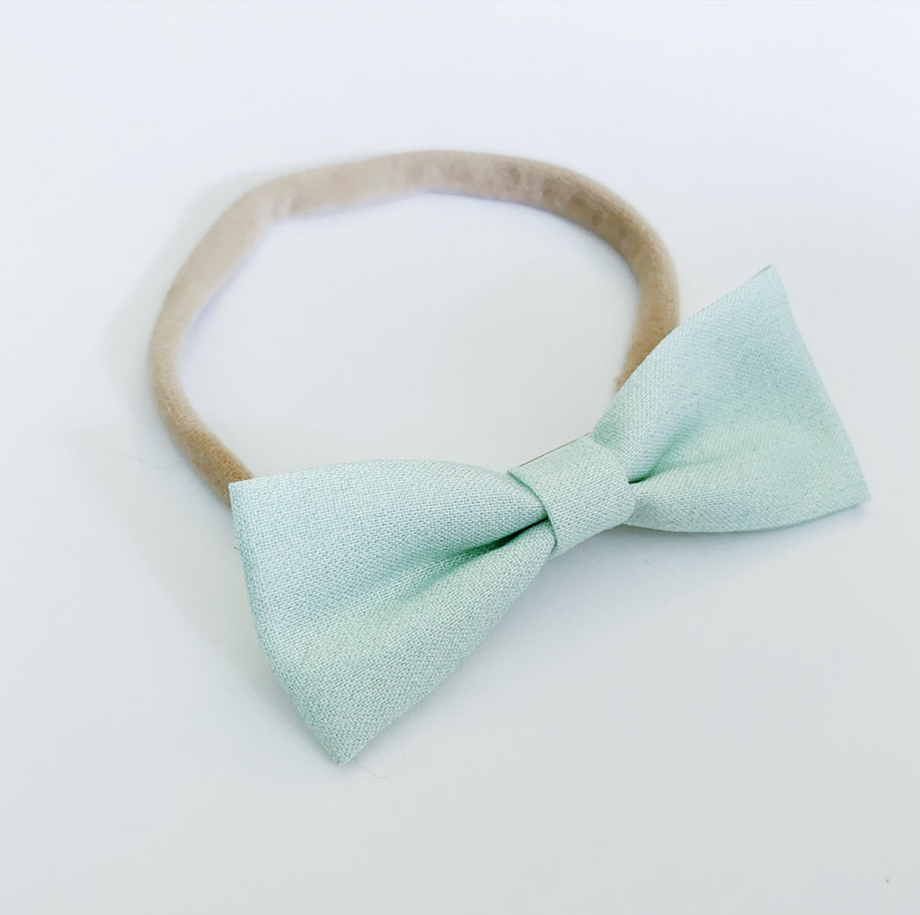 Mint Green Bow Tie - Ever Iris Designs