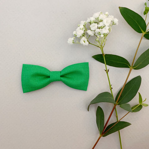 Kelly Green Bow Tie - Ever Iris Designs