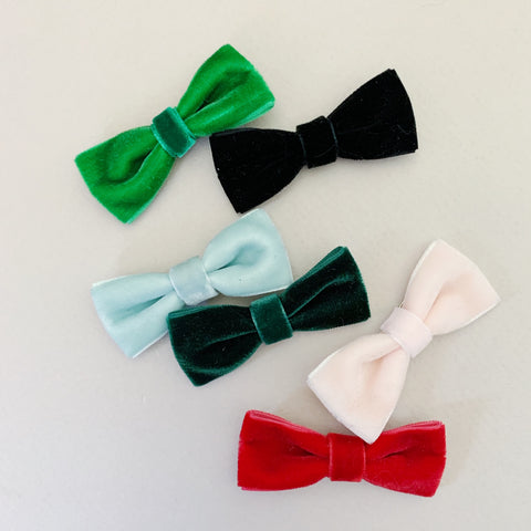 Classic Velvet Bows - Ever Iris Designs