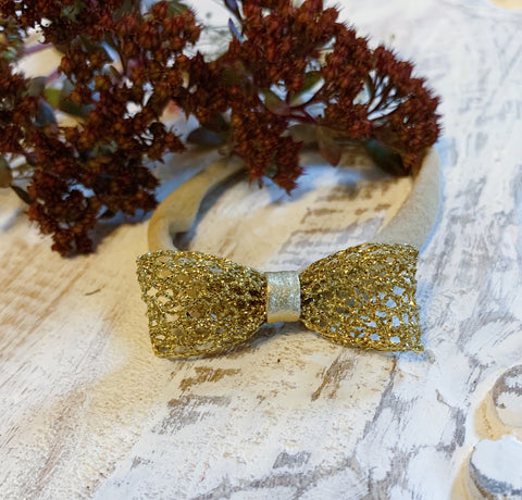 Gold Filigree Bow